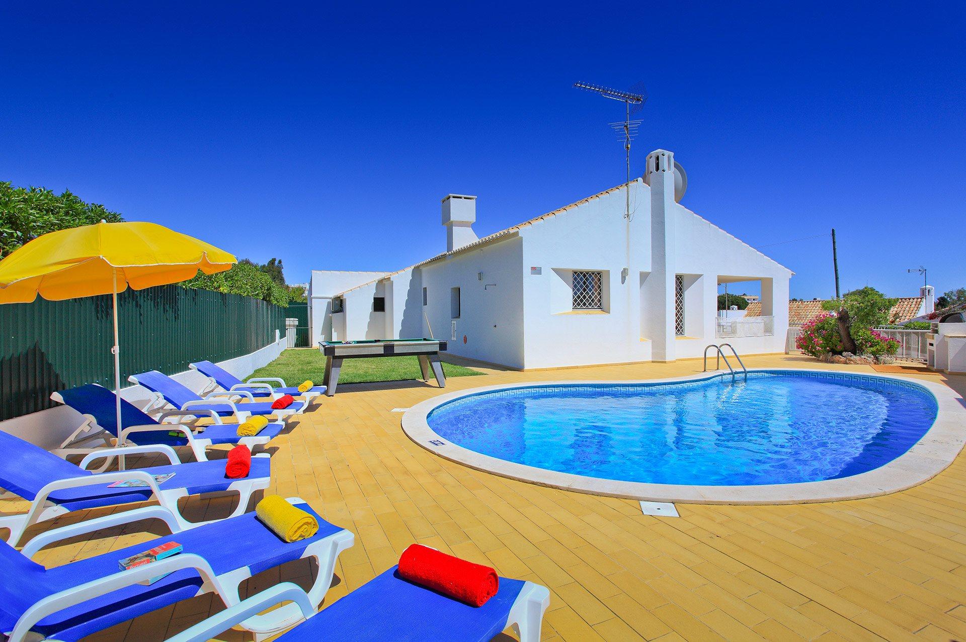 Villa Amendoeira, Praia D'Oura, Algarve, Portugal