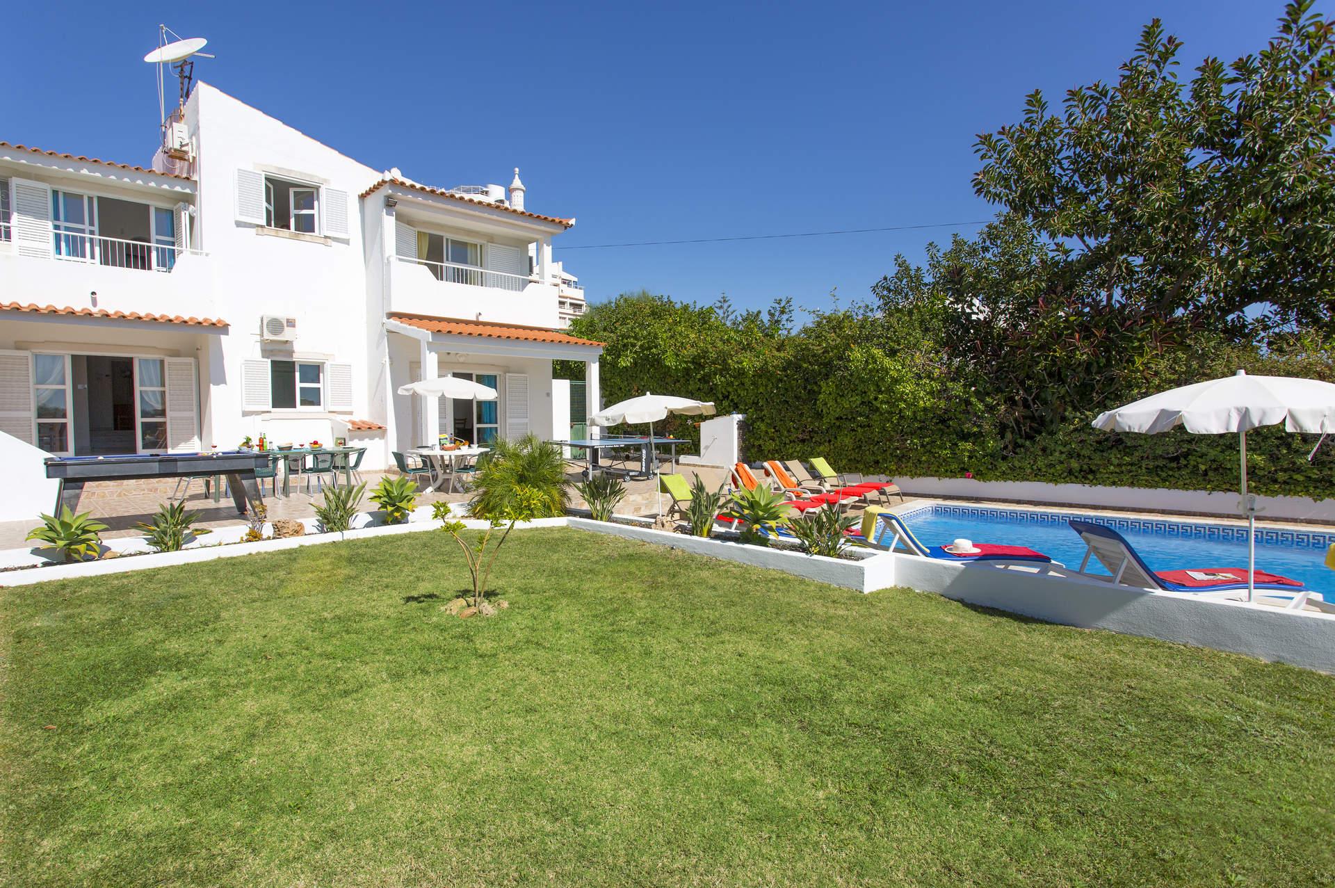 Villa Animado In Praia D Oura Algarve Villa Plus