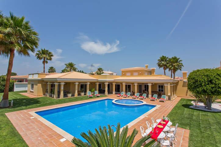 Villa Antunes, Olhos D'Agua, Algarve, Portugal