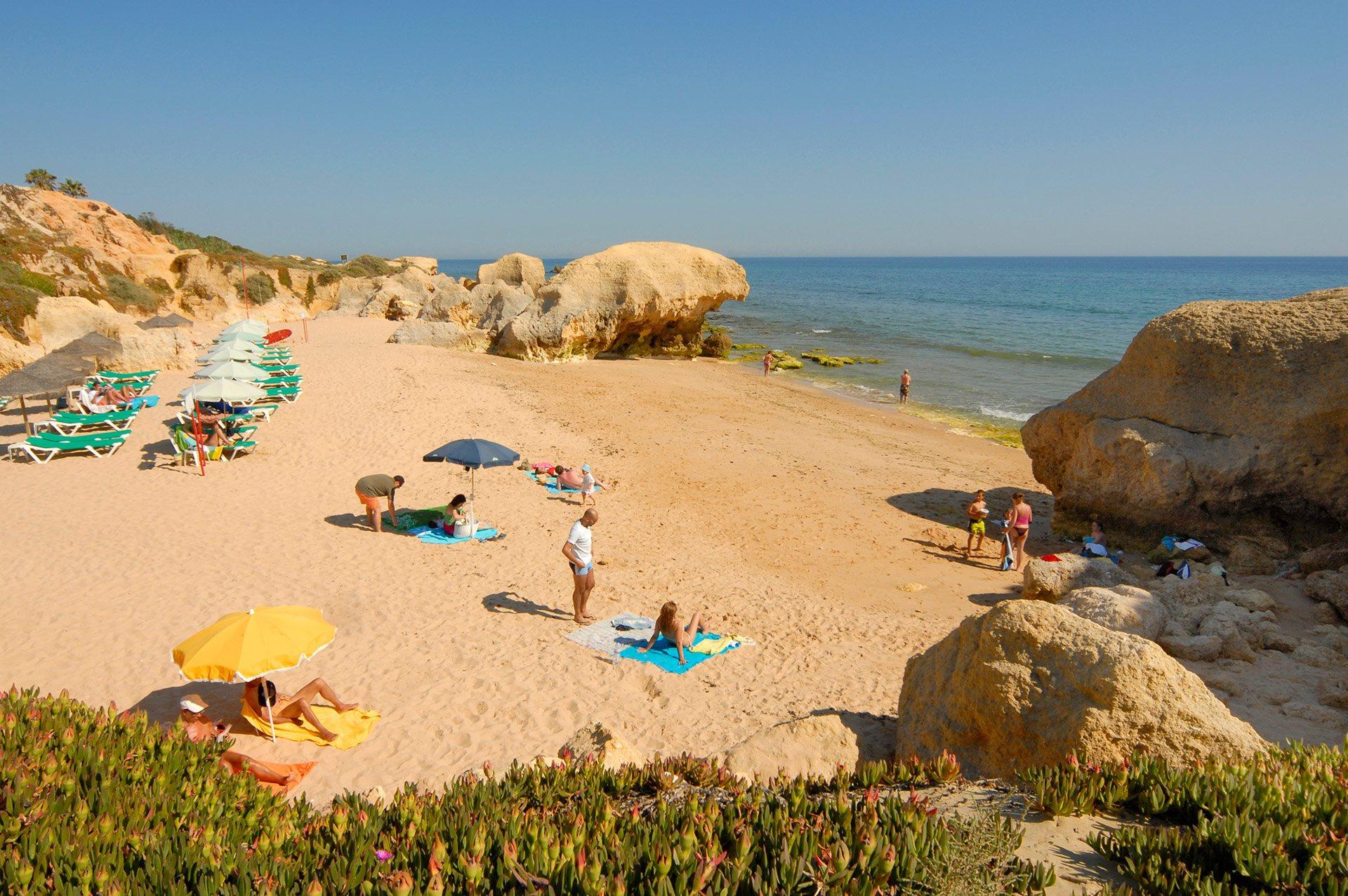 Villa Do Mar In Gale Algarve Villa Plus