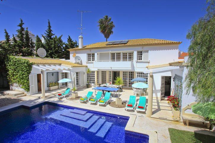 Villa Hibiscus, Praia D'Oura, Algarve, Portugal