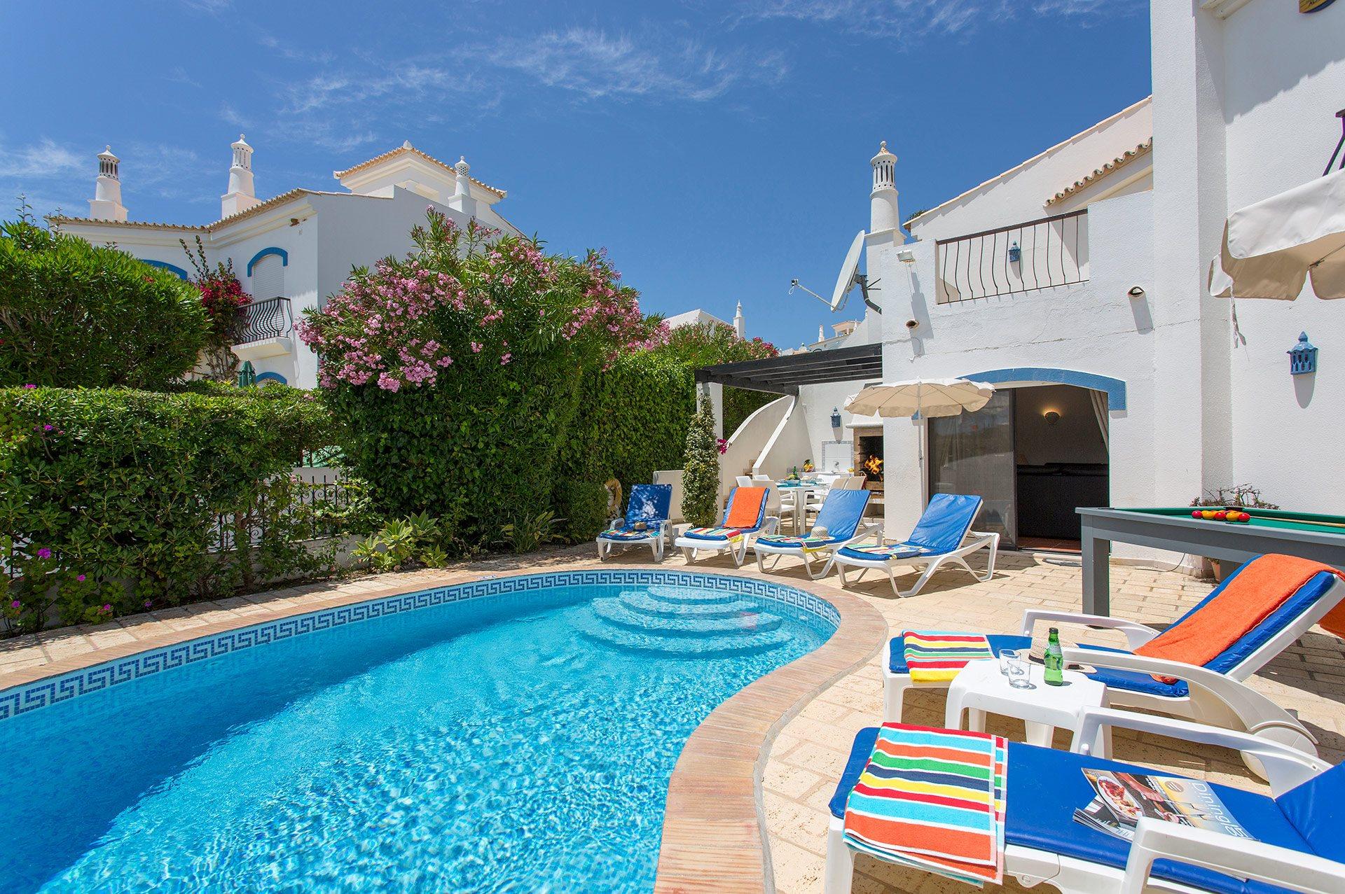 Villa Casa Michelle In Vale Do Lobo Algarve Villa Plus