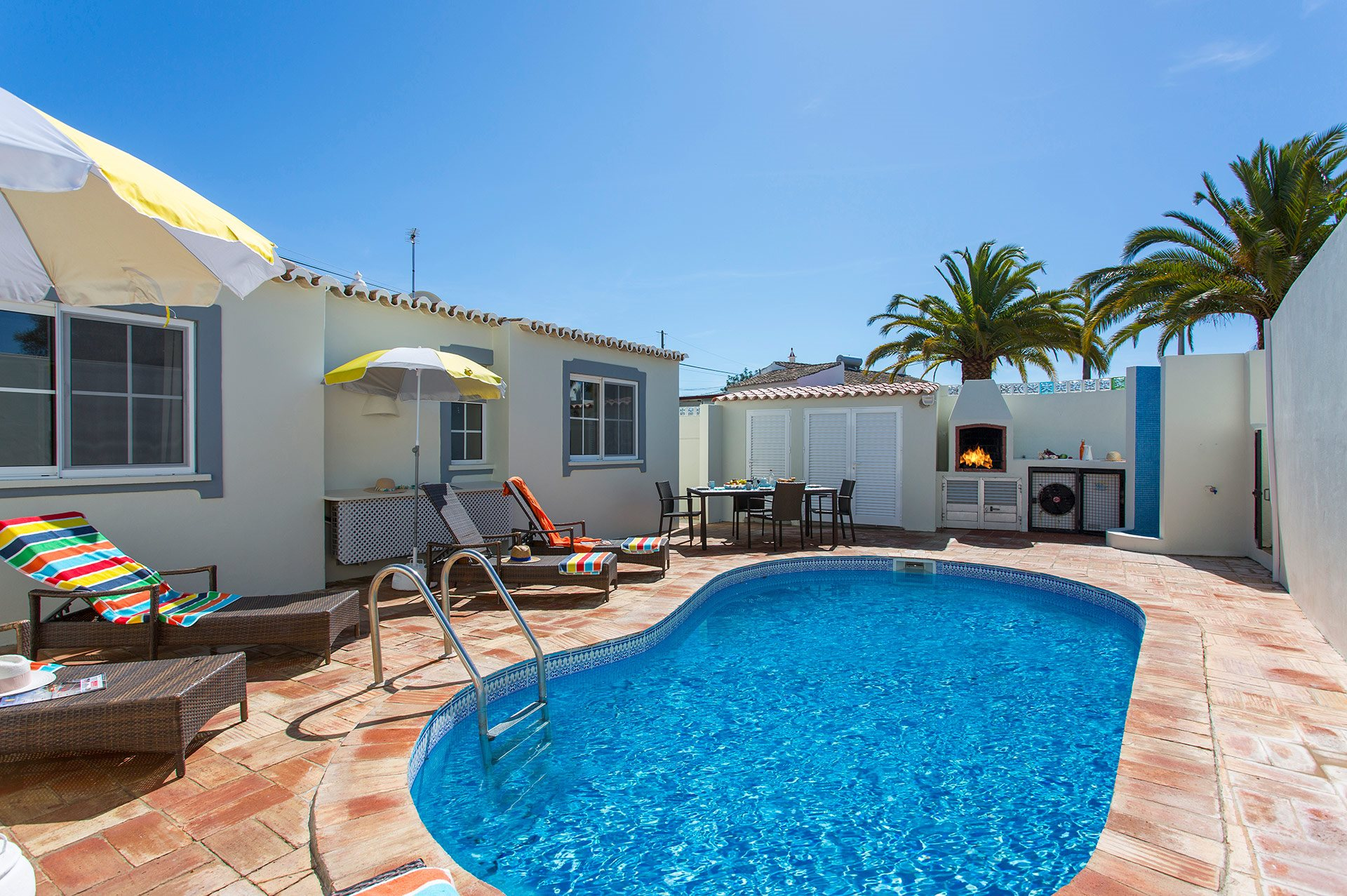 Villa Pequena, Almancil, Algarve, Portugal