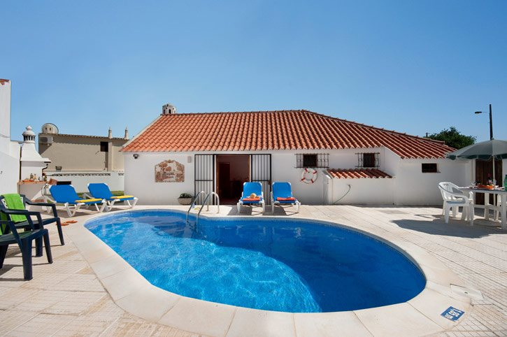 Villa Tara, Praia D'Oura, Algarve, Portugal
