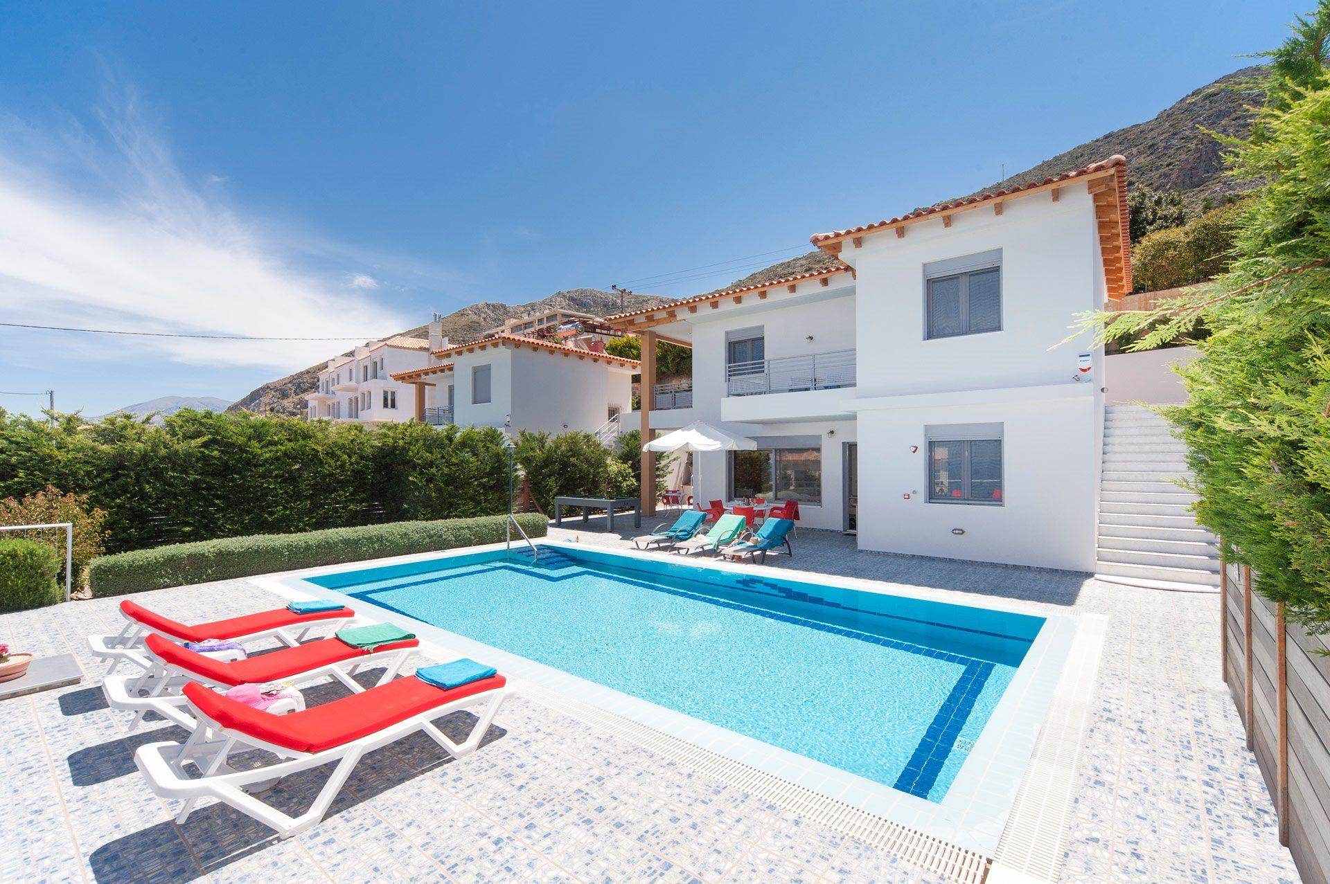 Villa Danae Red In Hersonissos Crete Villa Plus
