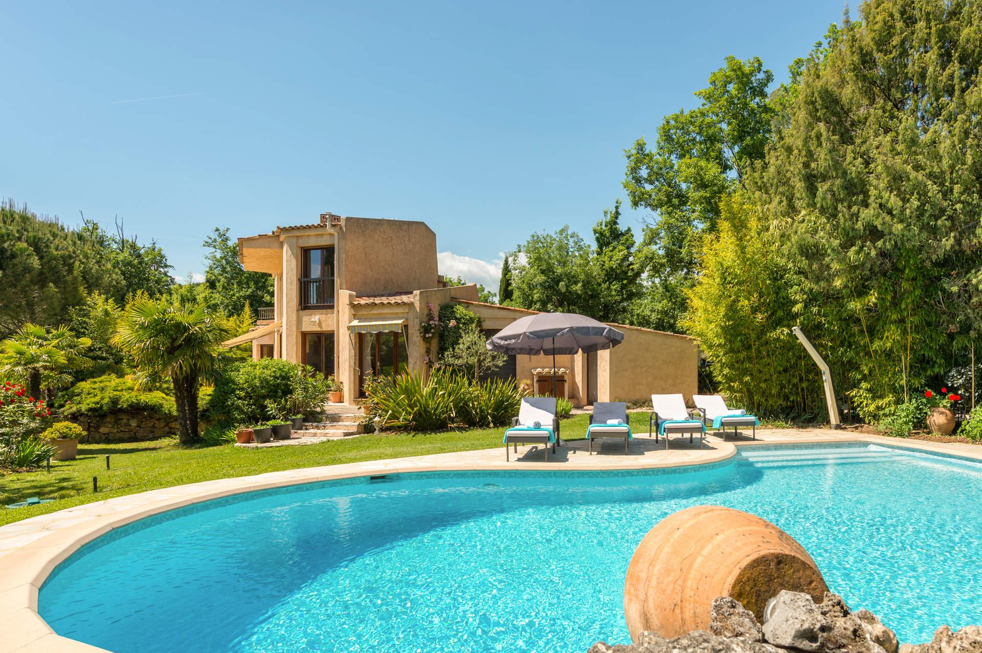 Villa Chesnaie, St Cezaire Sur Siagne, French Riviera
